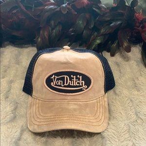 Von Dutch NWOT trucker adjustable hat